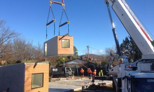 08 - Strine environments - Ecokit modular home - dickson ACT - canberra architect - canberra builder - installing prefab concrete panels