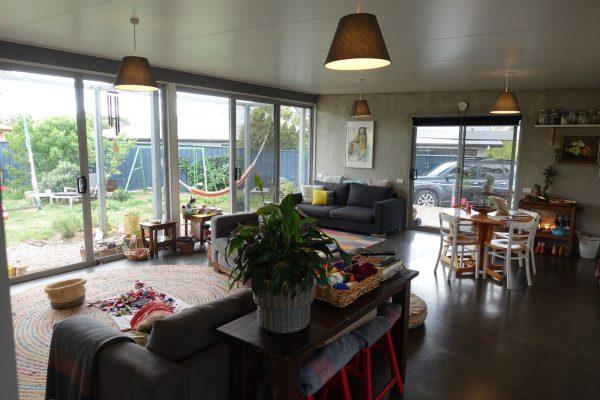 09 - Kambah modular home - strine environments