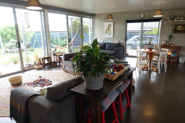 13 - Kambah modular home - strine environments