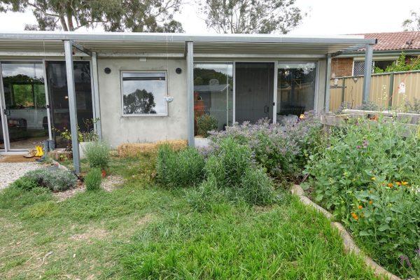 17 - Kambah modular home - strine environments