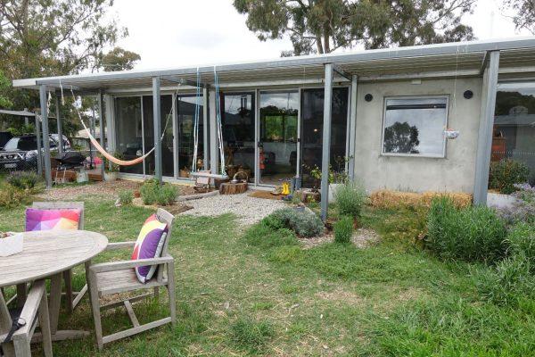 18 - Kambah modular home - strine environments