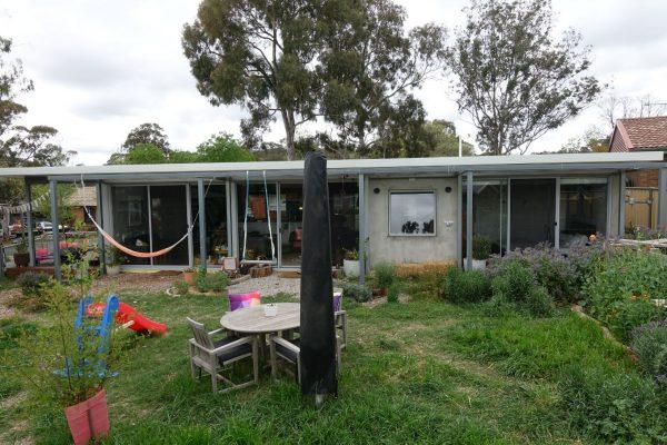 19 - Kambah modular home - strine environments