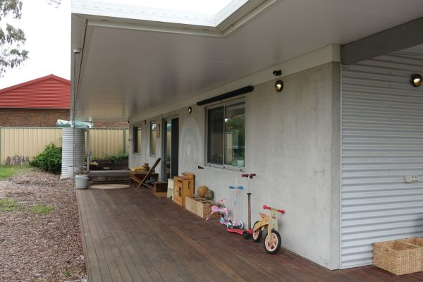 22 - Kambah modular home - strine environments