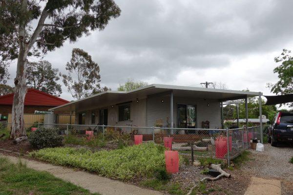 24 - Kambah modular home - strine environments